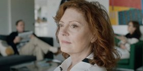 Трейлер: «Черный дрозд» со Сьюзан Сарандон, Кейт Уинслет и Мией Васиковска