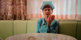 Опубликован первый трейлер «Рэтчед» — сериала-приквела «Пролетая над гнездом кукушки»