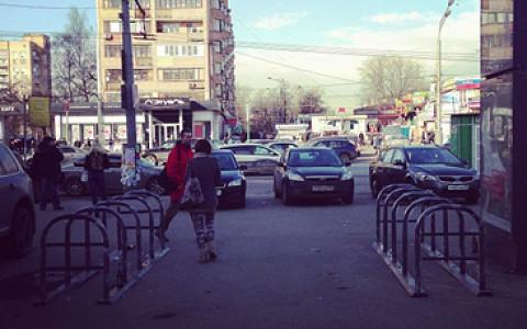 Московские власти начали устанавливать велопарковки