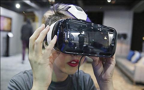 Surreal Vision: как Facebook воплощает в жизнь сюжет «Матрицы»