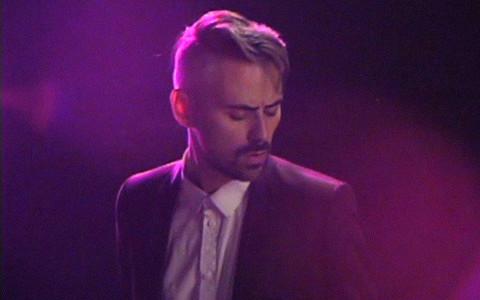 Премьера клипа Tesla Boy «Keyboards & Synths»