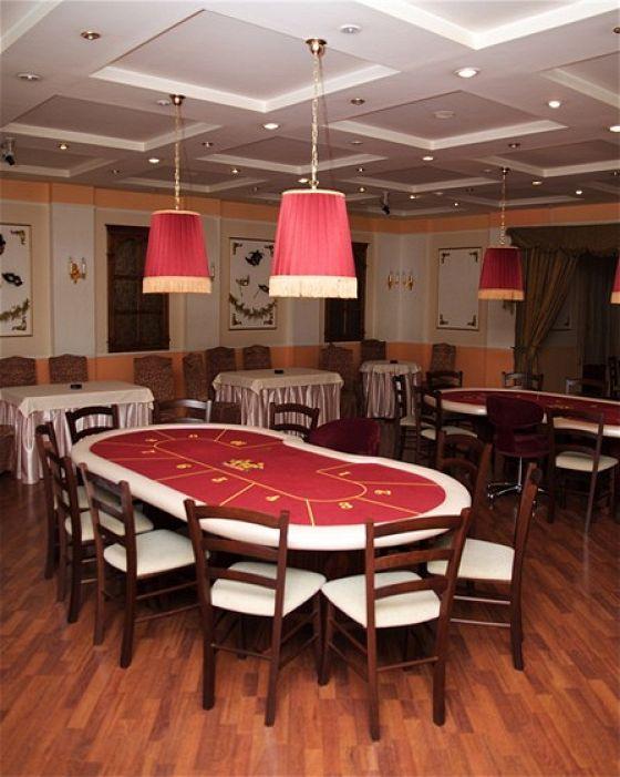 Покерный клуб «Каре»