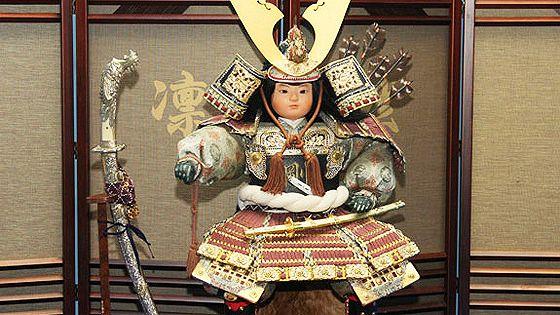 Традиционные куклы и игрушки Японии