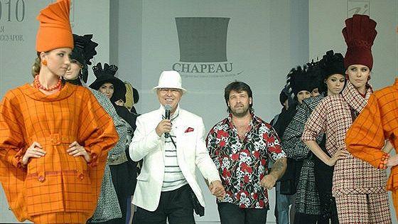 Chapeau-2011