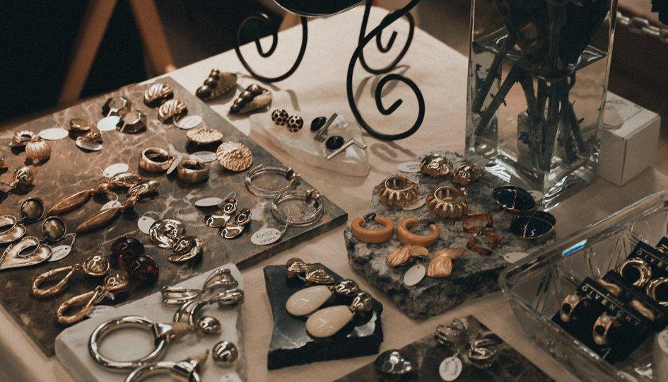 Картинки по запросу vintage marketplace moscow
