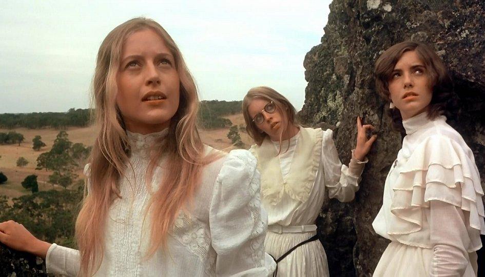 Кино: «Пикник у Висячей скалы»
