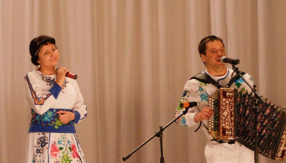 Концерты: «Снова запела гармошка»: Виктор Холин и Светлана Холина