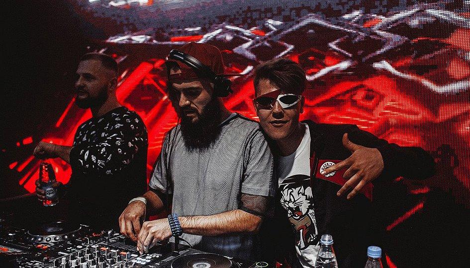 Концерты: «Record Dance лето»: DJs Nick One, Byor, Hubblevision