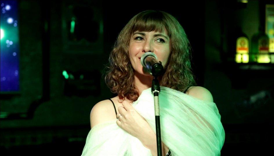 Концерты: «Любить на краю»: Ангелина Башле