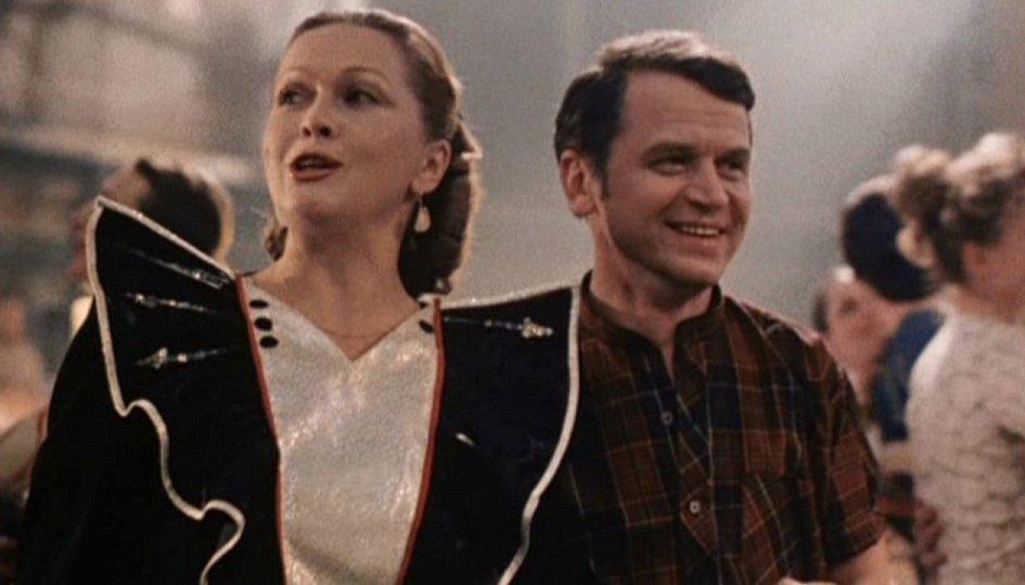 Кино: «Зимний вечер в Гаграх»