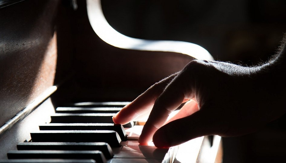 Концерты: «Клен ты мой опавший»: Марьяна Бабинцева, Николай Игнатьев