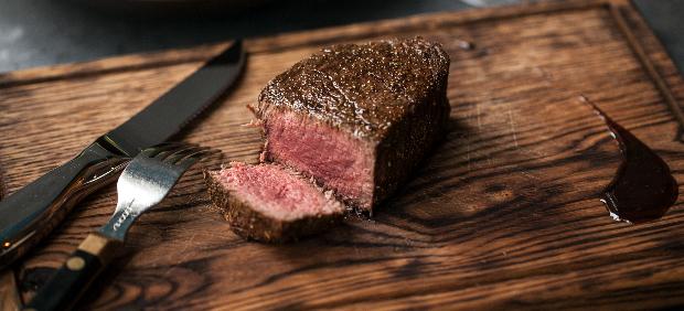 fitcher: Высечь в мраморе: шеф-повар, владелец мясного корнера и управляющий ресторана рассказывают о говядине