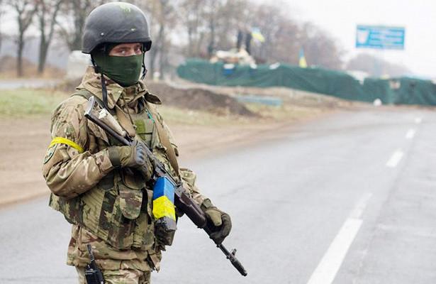 Украинские военные ждут приказа наступать вДонбассе