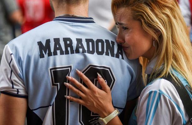 Кардиолог рассказал обубившей Марадону болезни