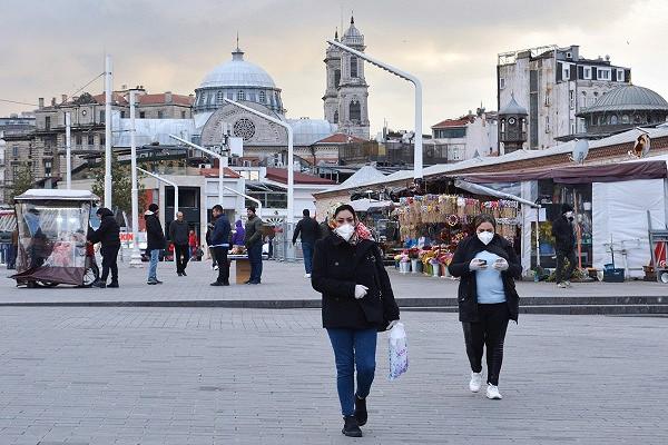 Стала известна дата снятия ограничений вСтамбуле