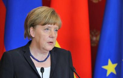 Меркель выступила против отмены антироссийских санкций