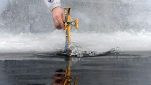 Вкрещенской купели наСахалине нашли следы нефтепродуктов