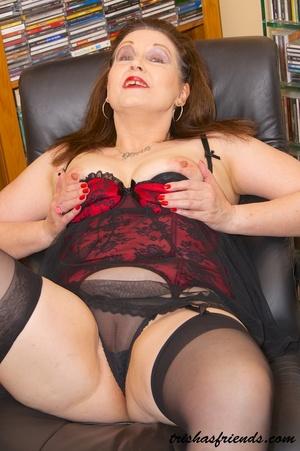 Sexy nude woman porn