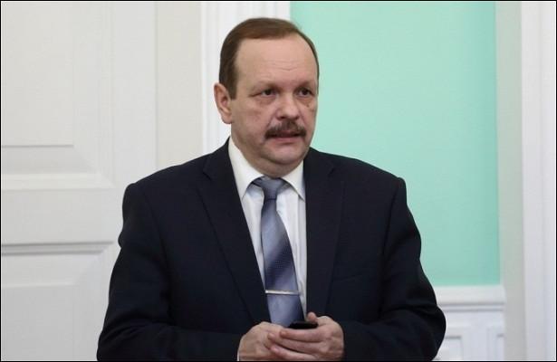 Судразрешил бывшему вице-мэру Омска Масану, осужденному поделу «Саламандры», выйти поУДО