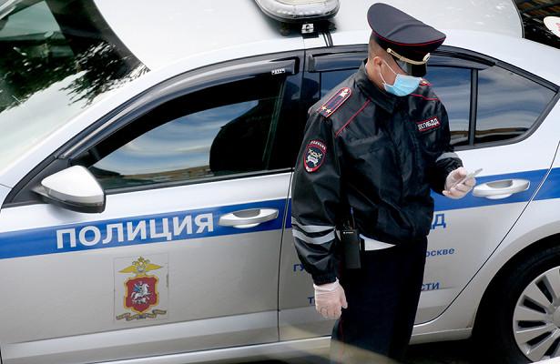 Россиянин годами насиловал маленькую дочь знакомых