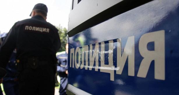 Мужчины вмасках украли ужителя Курска куртку вцентре Москвы