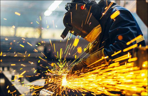 Почему Байден повысит минимальную оплату труда вСША