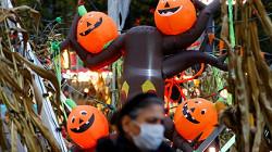 Россияне закупились к Хэллоуину БДСМ-комплектами