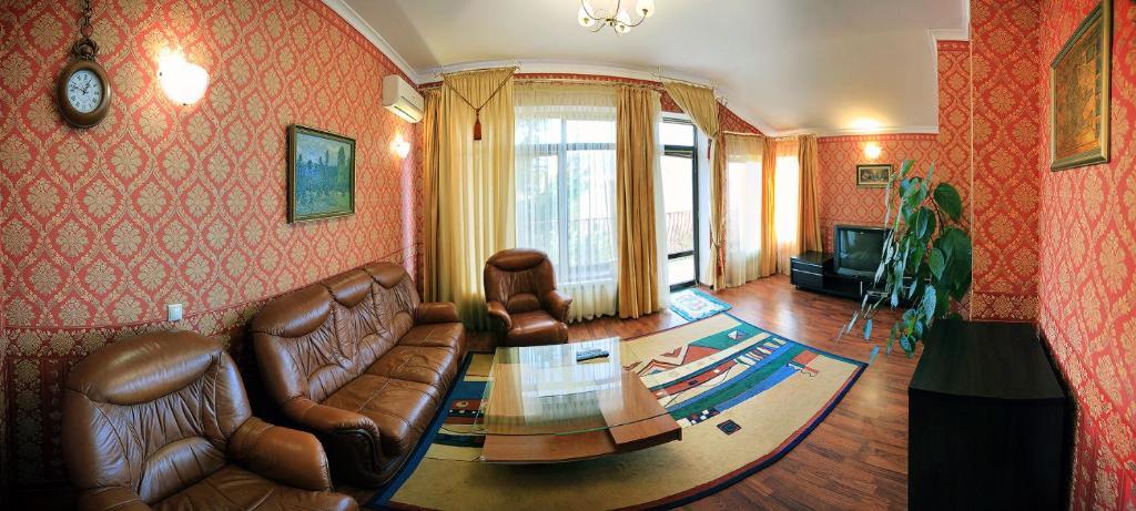 Квартира в Ливадия недорого на берегу моря