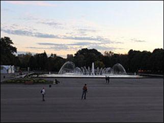 В Москве открывается ночной кинотеатр с лежачими местами