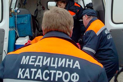 Один человек погиб после аварии сопрокинувшимся автобусом вРостовской области