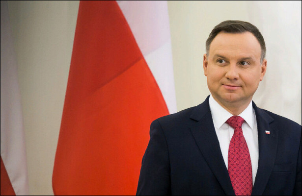 Президент Польши объявил протест Беларуси после приговора журналисткам «Белсата»
