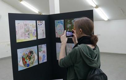 ВМАРХИ приподдержке «ТВЦентра» выставили рисунки детей Донбасса
