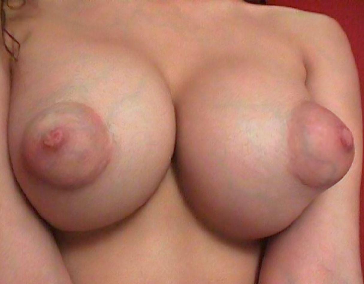 Видео грудь сиськи сосок 9
