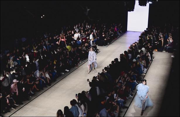 827805c6ce746f26e5f19ef58bba7e53 - Mercedes-Benz Fashion Week Russia покажет Москву