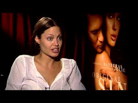 Angelina Jolie's Hot Love Scene - Original Sin - NSFW