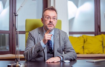 Антон Атрашкин: Иннопром— этонемузей, сюда приезжают продавать ипокупать