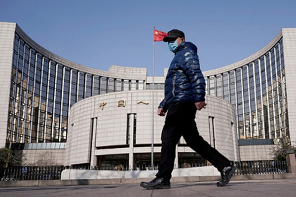 Китай перестал разбрасываться деньгами