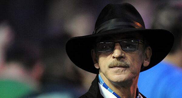 Боярский съест шляпу вслучае победы России наЕвро