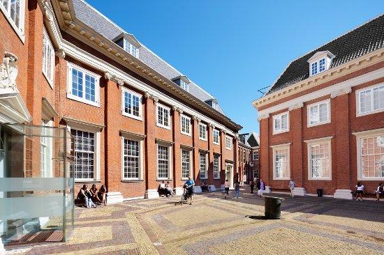 Desjardins history museum amsterdam