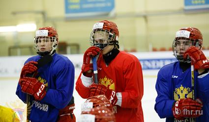 Юниорская сборная России уступила команде Чехии ввыставочном матче
