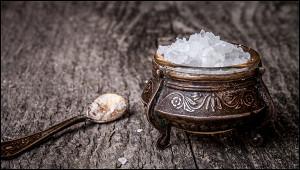 Зачем японцам соль втуалете