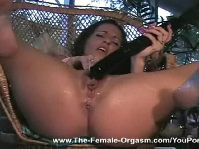 Squirting sexy women nude