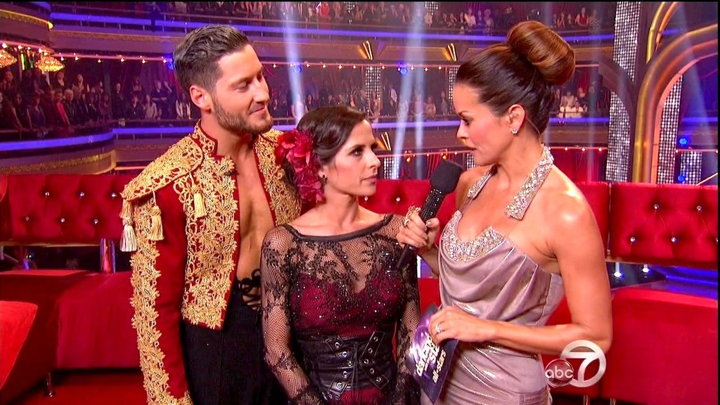 Is val from dancing with the stars dating kelly