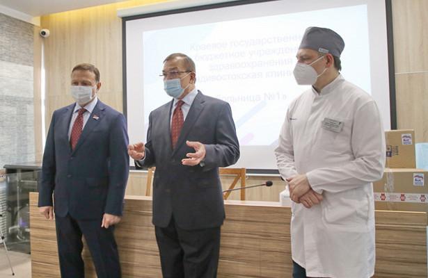 Студентов ТГМУ, работающих вприморском здравоохранении, поддержали депутаты