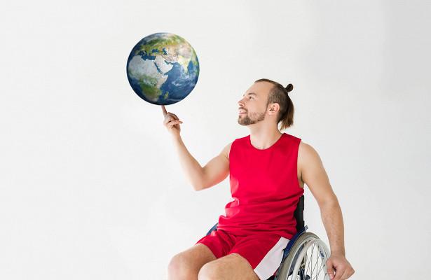 Безограничений. Кактриэнтузиаста помогают инвалидам путешествовать поРоссии