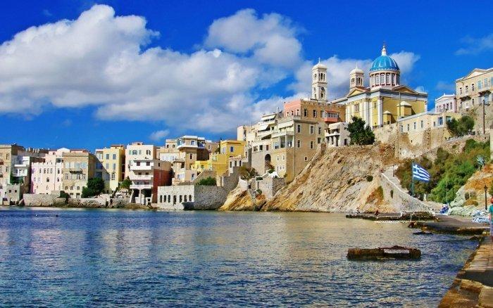 Недвижимость в остров Катерини недорого у моря