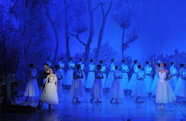 Рок-опера «Юнона иАвось» иконцерт ситальянскими певцами: чтопредлагает вновом сезоне театр оперы ибалета Удмуртии