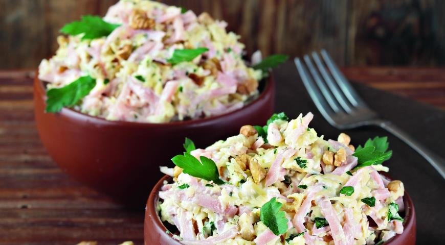 Рецепт быстрого салата с ветчиной