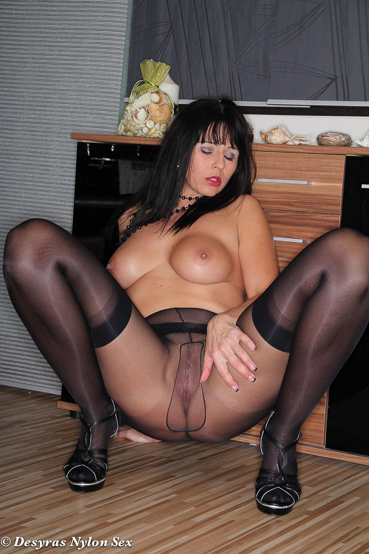 direct-download-nylon-sex-with
