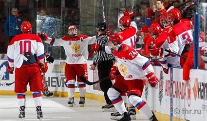 Юниорская сборная России похоккею проиграла словакам наТурнире четырех наций